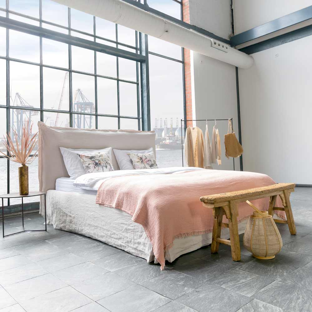 Bett by Carolin Wolff Interiors Hamburg